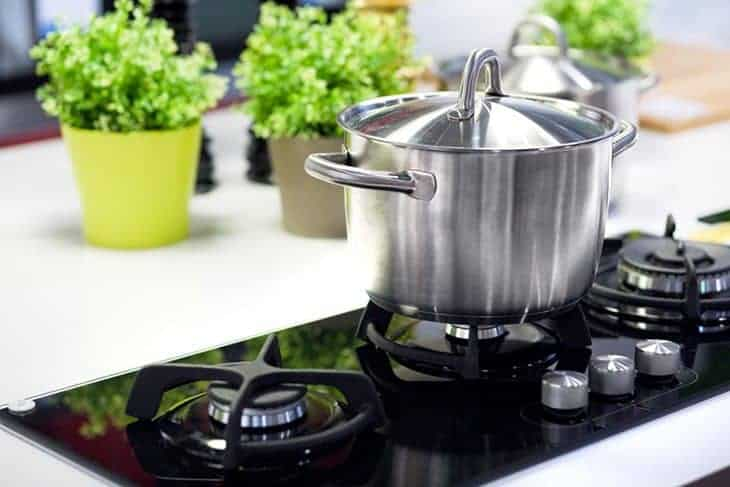 how to season a stainless steel pan the answers revealed. Black Bedroom Furniture Sets. Home Design Ideas