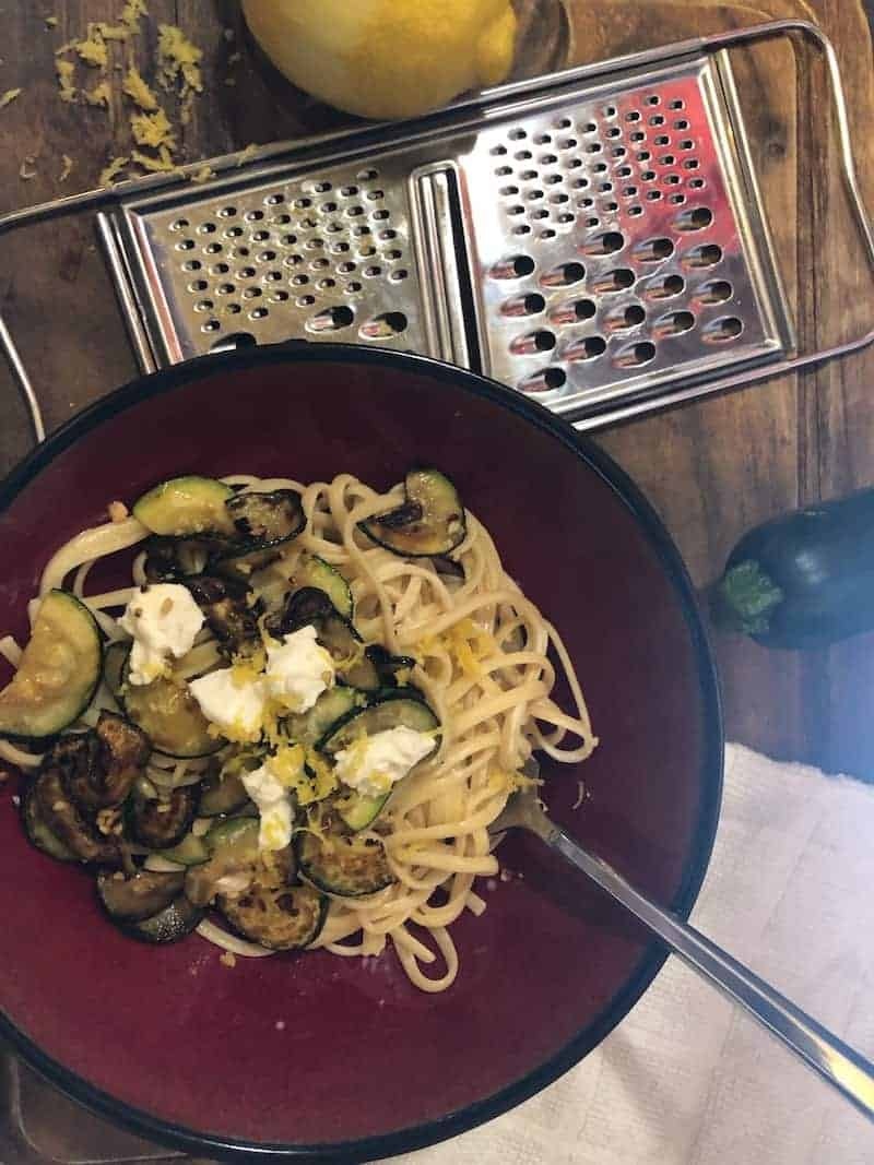 Zucchini is in season and it\'s always time for cheese! Here\'s a recipe to get a tasty pasta meal on the table in less than half an hour!