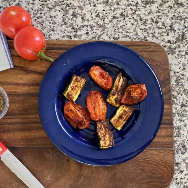 Roasted zucchini with tomatoes (air fryer recipe)
