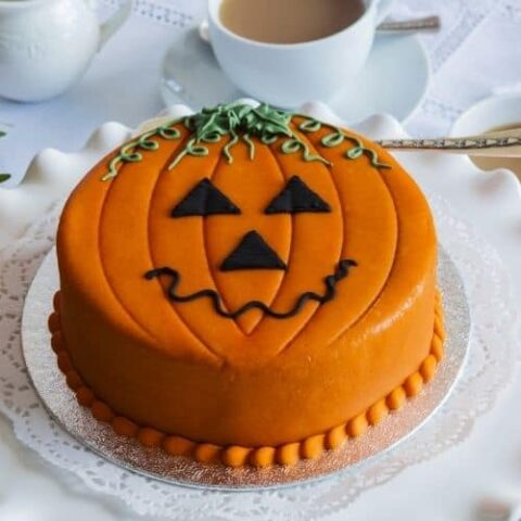 25 Halloween Cakes That Are Spooky Fun